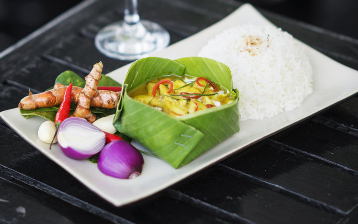 fish and coconut amok cambodian traditional curry