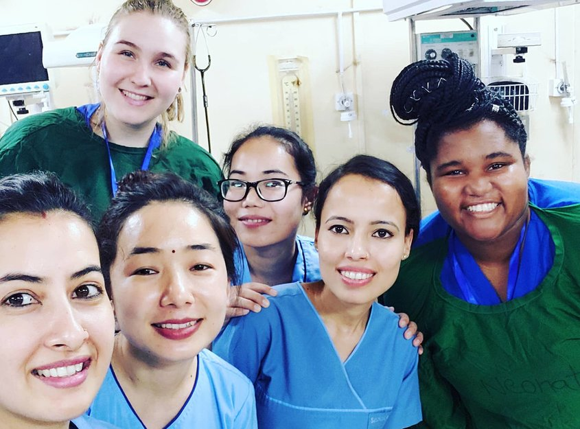 midwifery placements abroad
